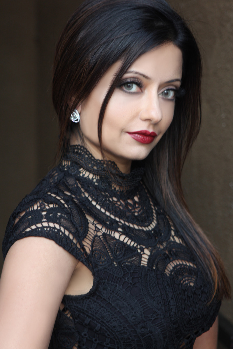 makeup artist resume%0A Beauty makeup for model headshot