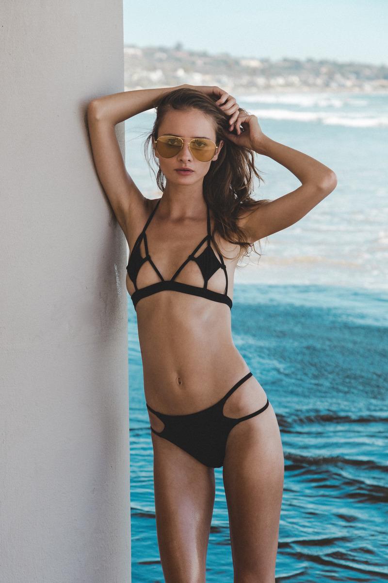 Natalie Gulbis Nude Photos 16